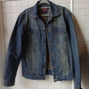 Tommy Hilfiger distressed jean jacket